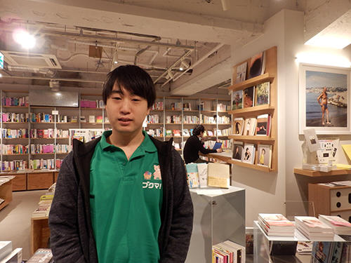 Labitが渋谷で運営する複合書店「BOOK LAB TOKYO」と鶴田浩之CEO