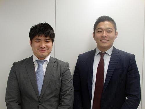 競技部国際課蒲原光一係長(左)と本郷光道主任