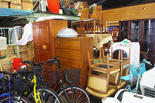 リユース店の主力商品となる家具や家電に強い