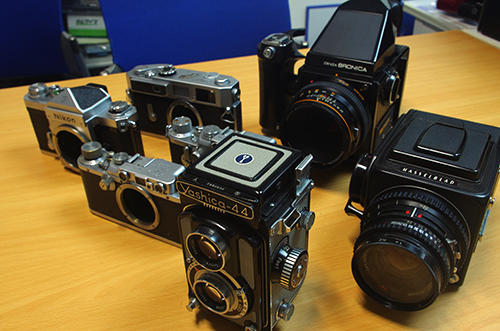 国内で買い取ったクラシックカメラをeBayで海外販売