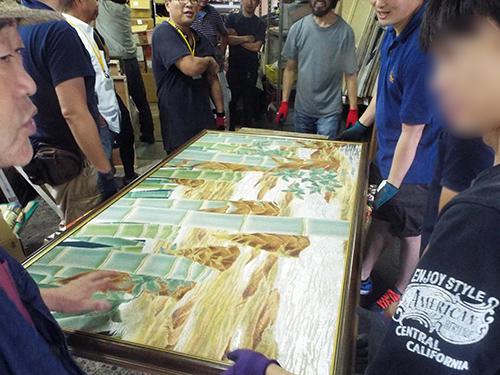 竹林の絵画などのレア物が会場を沸かす