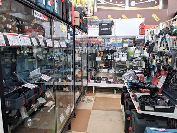 実店舗の工具売り場