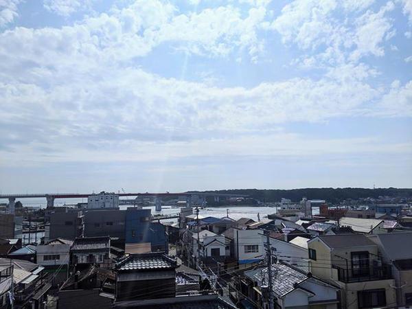 穏やかな潮風の吹く三浦市