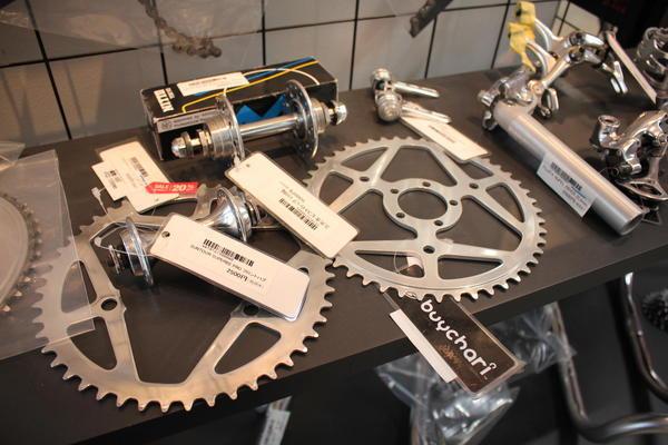 日本製の古い自転車部品