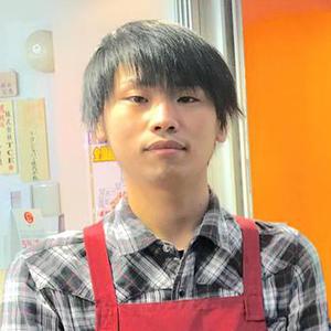 川瀬敏之 店長