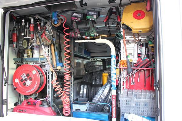 作業車の内部