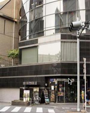店はJR大久保駅近くのビル6階