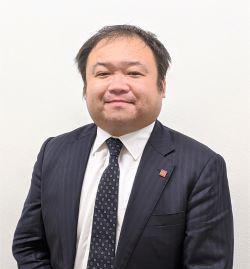 店舗運営部 佐々木賢生部長