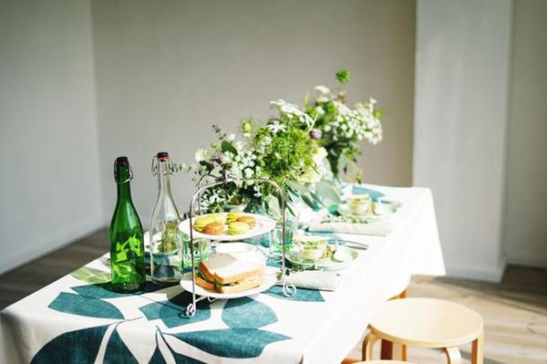 食器等のテーブルウェアをコーディネート