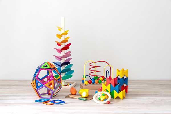 届くおもちゃの一例