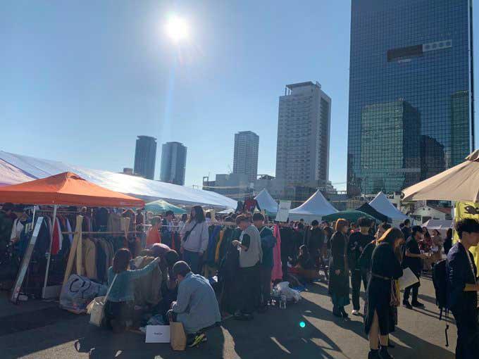 大阪古着祭の様子