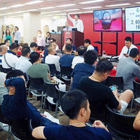 中日オークション、中国客500人が参加する名古屋の骨董大会