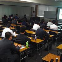 リユースサミット、博多に経営者ら40人