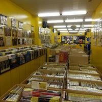 バナナレコード、中古レコード店8店成功のカギは「音楽好き」