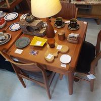 《売れる商品リサーチ》チーク材の家具