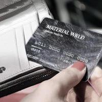 Material World(マテリアル ワールド)、支払いは現金でなく自社デビットカード(アメリカ)