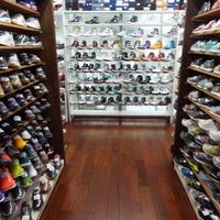スニーカー専門店のSKITが、未使用スニーカーの買取り伸びる