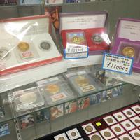 【時流を読む】カードショップトレジャー、改元ブームに沸くコイン業界 年号変わり目商品人気