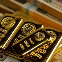 新型コロナで金相場最高値更新、グラム9000円台予測も