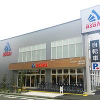 あさひ、新品とリユースを併設させた自転車専門店