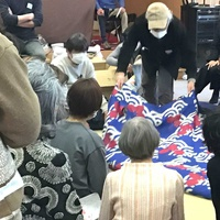 一布会、神社会館で「染織品」競売