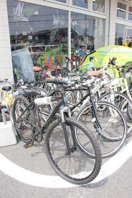 ロードバイク、折りたたみ式自転車やママチャリも販売
