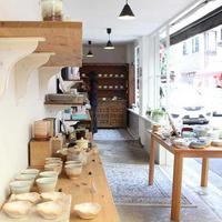 アシスト横浜弘明寺店、「大事な食器次に繋げます」食器の買取販売店《第203回》